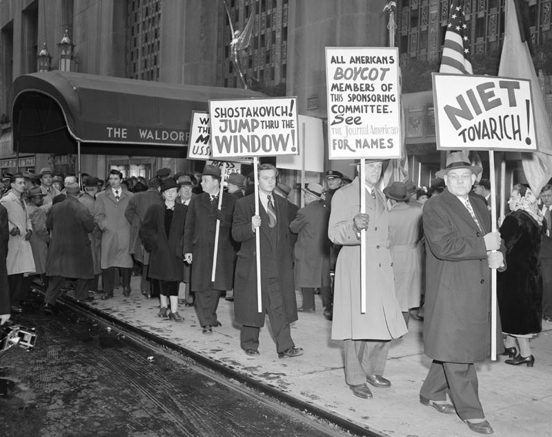 Shostakovich Waldorf Astoria
